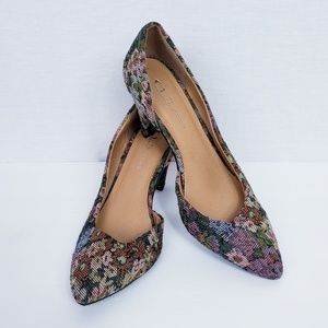 Chinese Laundry size 10 Floral Pointed Toe Pumps